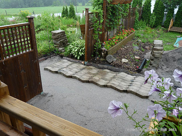 How to make a paving stone plain